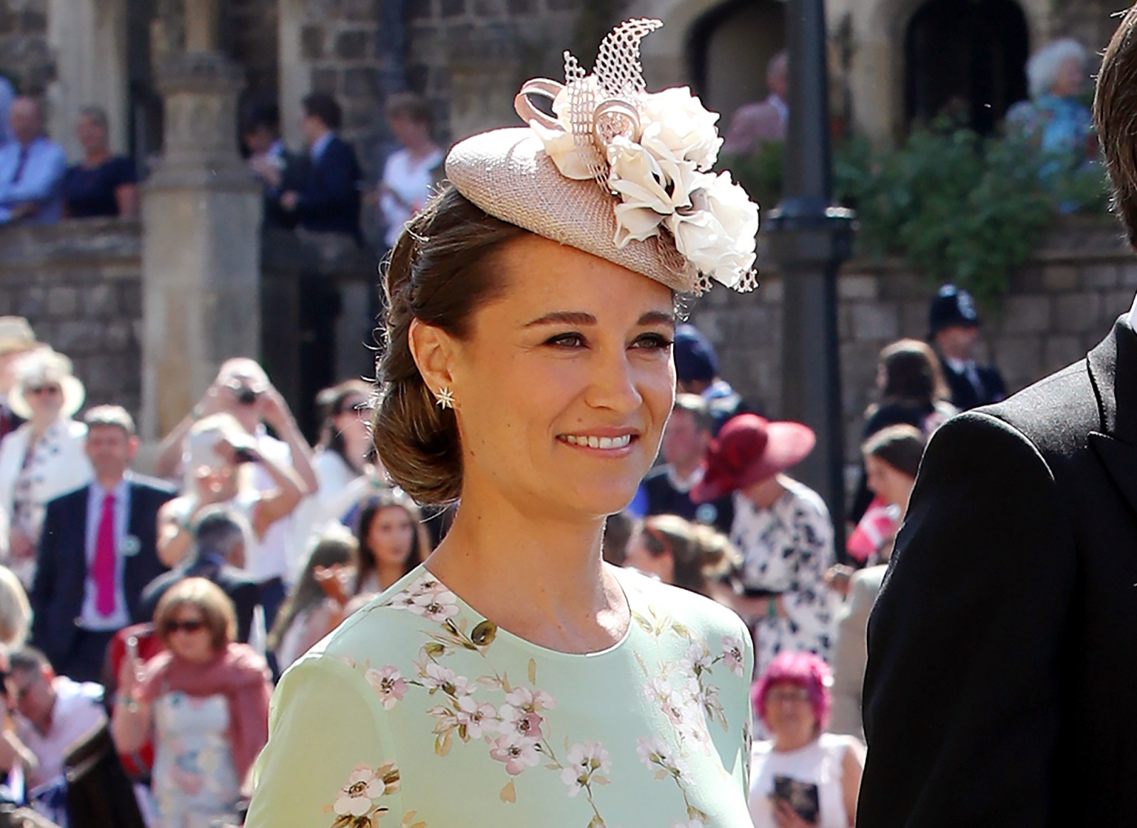 pippa-middleton-wildest-fascinators-royal-wedding